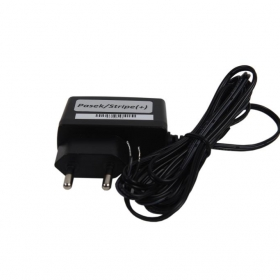 Zalecany zasilacz do urządzenia ZS12V/1,2A. Sprzedawany osobno.